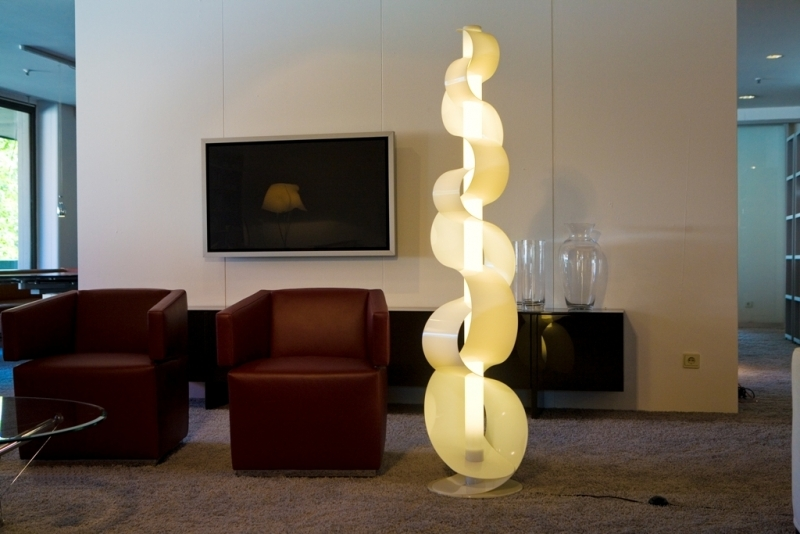 Design-Lamp Sine White